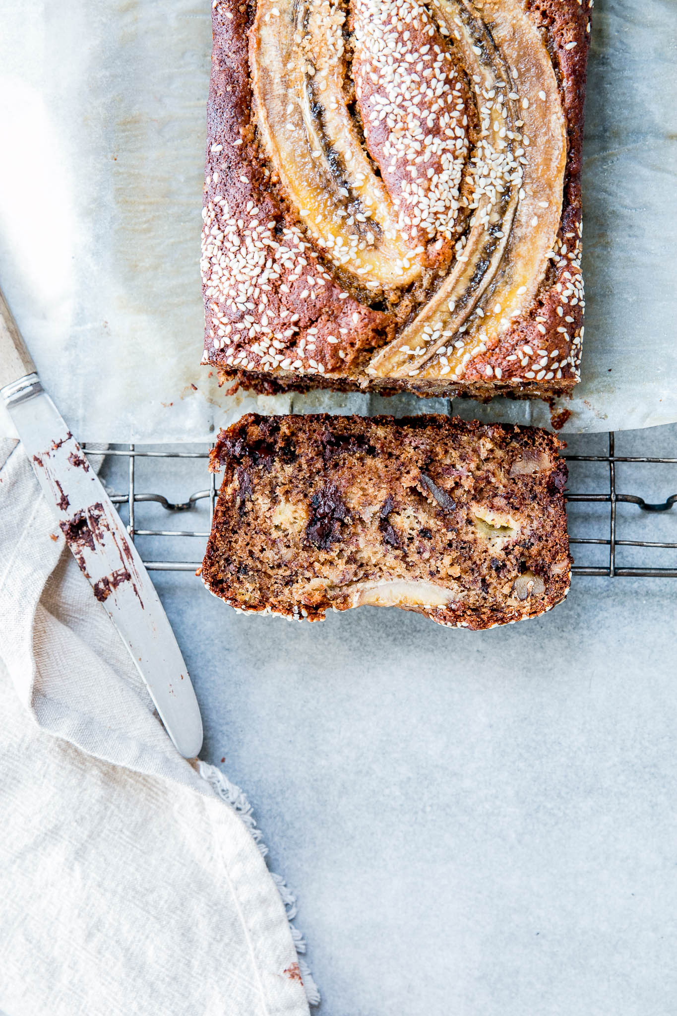 Tahini walnut dark chocolate banana bread the brick kitchen forumfinder Images